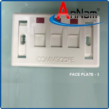 Faceplate Mặt nạ outlet 3 cổng Commscope